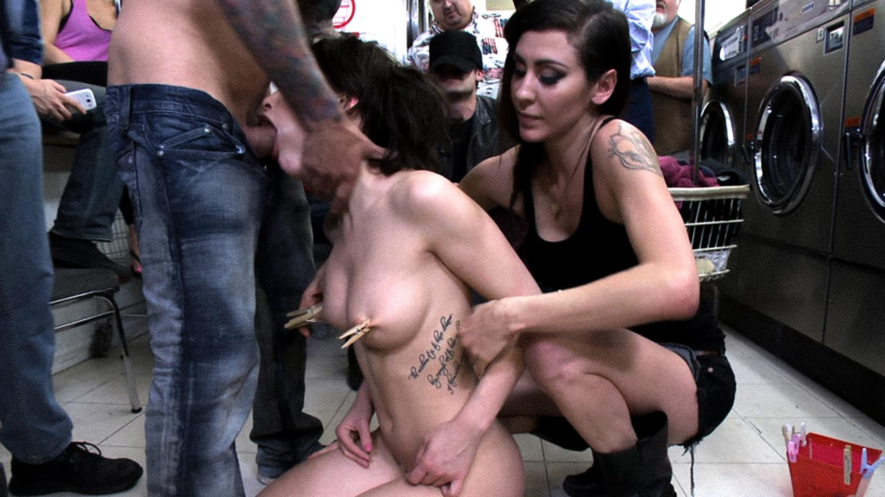 Free Sex Public For Money Porn Pics