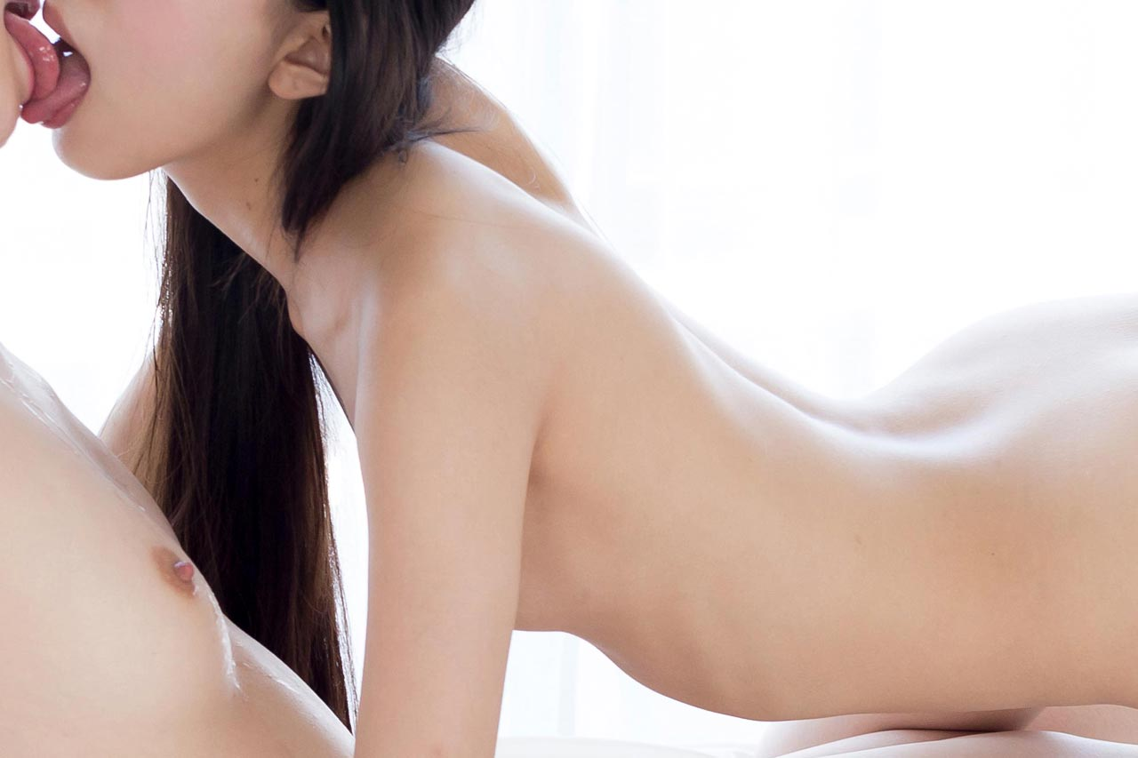 Rio Kamimoto Anna Matsuda nude uncensored JAV Lesbians. Lesbian sex, cunnilingus and masturbation in Japanese videos from UraLesbian.