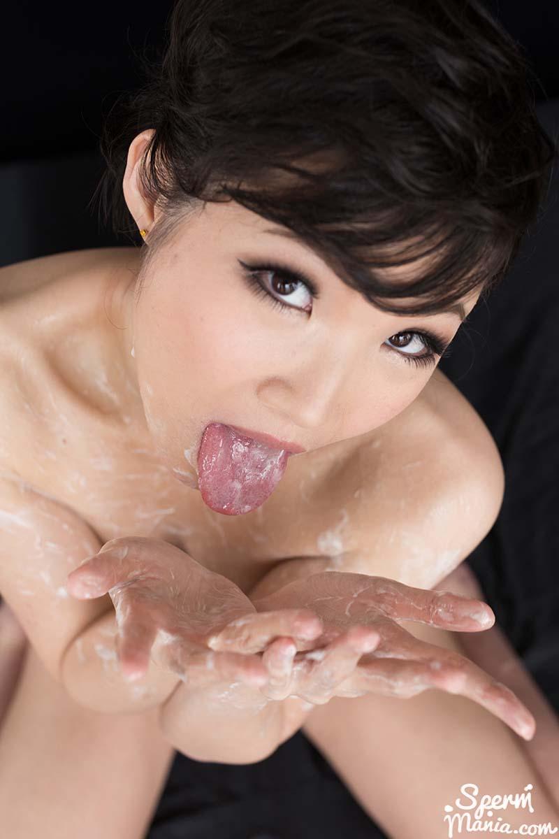 Akari Misaki's Cummy Group Handjob. An uncensored JAV Group Cum Handjob video from Sperm Mania featuring Akari Misaki full nude.