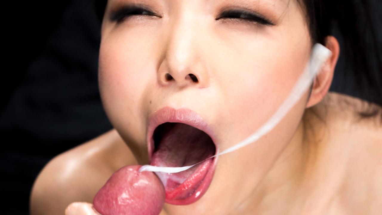 JAV girl Shino Aoi nude, receiving a cumshot in the uncensored video Shino Aoi's Cum Covered Group Handjob.