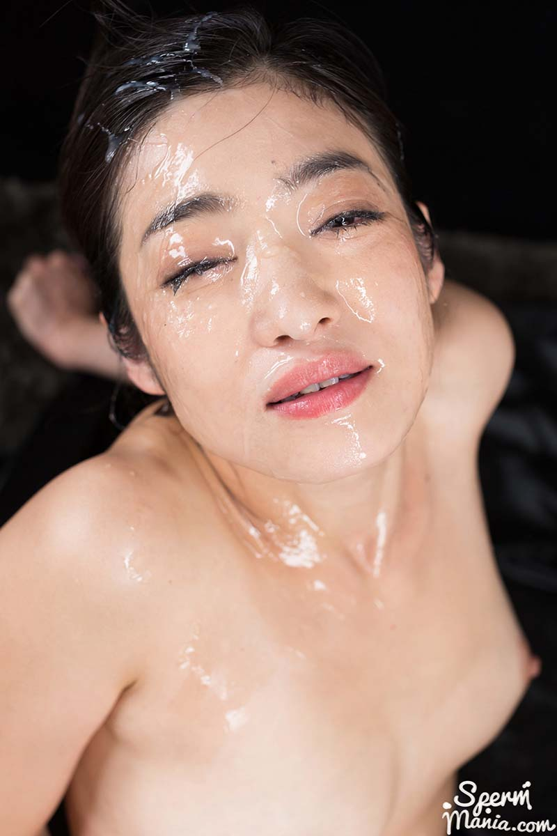 Ryu Enami (江波りゅう) nude in the uncensored video