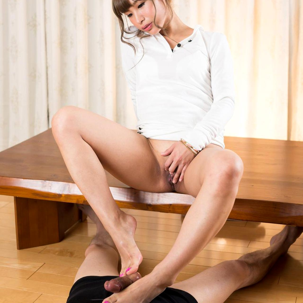 Natsume Hotsuki nude at Legs Japan. Uncensored FootJob, Foot and Leg Fetish videos.