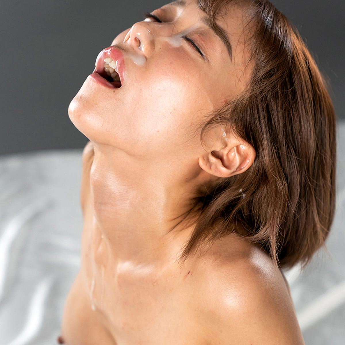 Nanako Nanahara at Fellatio Japan. She receives a Facial Cumshot in an uncensored Blowjob video at FellatioJapan.