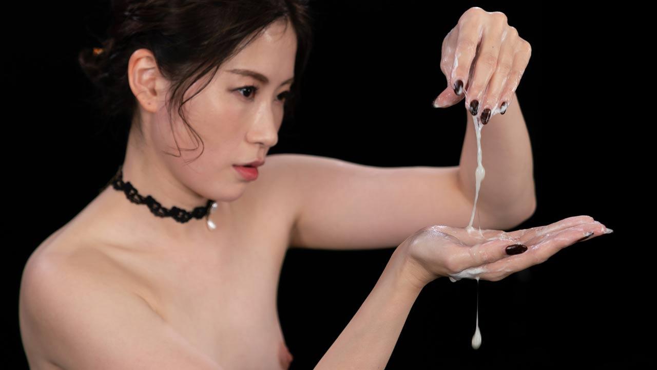 Haruka Suzuno Cum Group Handjob for SpermMania in the uncensored Video